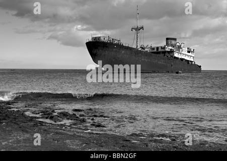 Los Marmoles Shipwreck in Lanzarote - Stock Photo