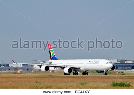 SAA South African Airways Airbus A340-600 - Stock Photo