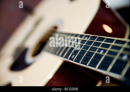 Acoustic guitar close up with selective focus - Stockfoto