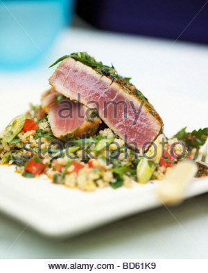 Marinated tuna on tabbouleh - Stock Photo