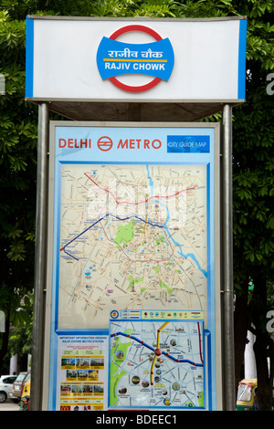 Metro / tube / street / tourist information street map of ...