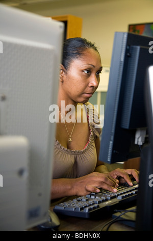 Selena Pina, a homeless mother of four, attends Women's Empowerment Classes at Loaves and Fishes in Sacramento, - Stock Photo