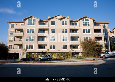 Mixed use housing development (multi use). Residential condominiums and office, retail space. Park Broadway, Millbrae, - Stock Photo