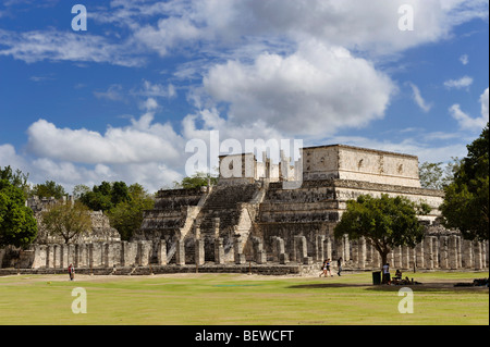 Temple of Warriors and Group of a Thousand Columns at the Maya ruin site of Chichen Itza, Yucatan, Mexico - Stock Photo
