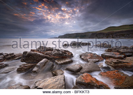 Beauty dawn at Kimmeridge Bay, United Kingdom. - Stockfoto