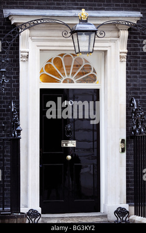Front door of number 10 downing street london england for Front door 10 downing street