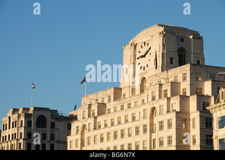 art deco shell mex building london uk stock photo royalty free image 32411392 alamy. Black Bedroom Furniture Sets. Home Design Ideas