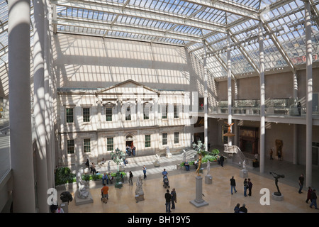 an analysis of the new art of the american wing After 10 years of renovations, new york's metropolitan museum of art has reopened the american wing the new wing now showcases popular american painting and.