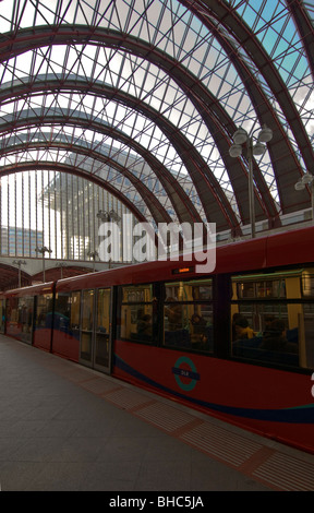 Canary Wharf docklands light railway (dlr) station, London E14, United Kingdom - Stock Photo