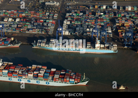 Cosco Taicang and the Maersk Lampala at the Port of Felixstowe UK - Stock Photo