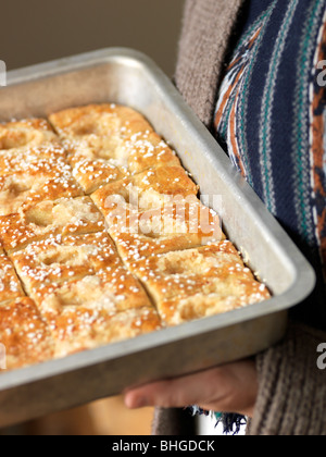 Buns in a baking tin, Sweden. - Stockfoto