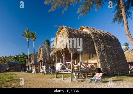 Lanta Klong Nin Beach Resort Hotel - room photo 5405459