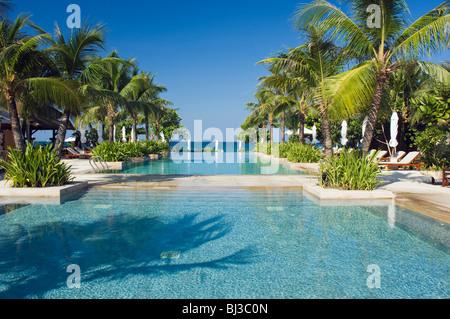 Koh Lanta Long Beach Hotels