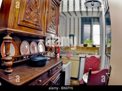 Paris, France, Before, Interior Old Kitchen, in Cooperative Apartment, Holiday Property (see 'after photo' A3ETFN) - Stock Photo