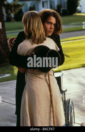 BENNY & JOON (1992) BENNY AND JOON (ALT) JOHNNY DEPP, MARY STUART MASTERSON BNJ 029 - Stock Photo