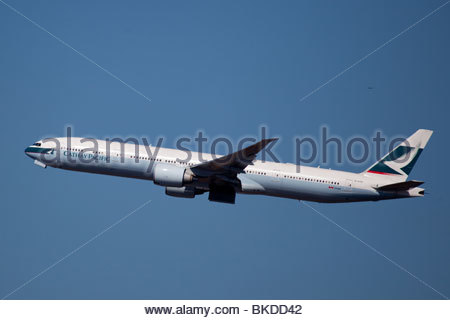 Plane Spotting around JFK Airport, Airliner. - Stock Photo