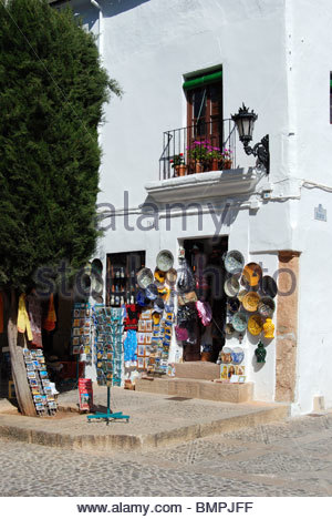 Traditional shop with gifts presents souvenirs in for Bosco del corner