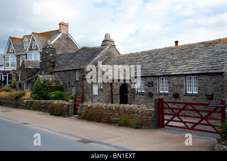Post office tintagel king arthur cornwall england stock photo royalty free image 6670882 alamy - Great britain post office ...