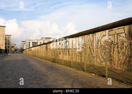 Germany Berlin town city wall border Berliner graffiti travel tourism holidays vacation - Stockfoto
