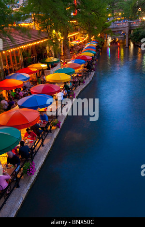 Restaurants Line The River Walk On Paseo Del Rio In