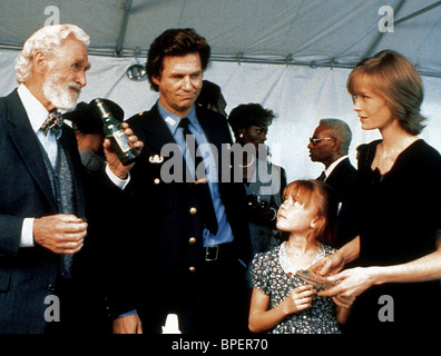 LLYOD BRIDGES JEFF BRIDGES & SUZY AMIS BLOWN AWAY (1994) - Stock Photo