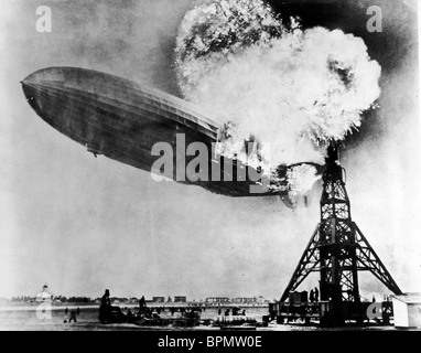 THE HINDENBURG AIRSHIP THE HINDENBURG DISASTER (2004) - Stock Photo