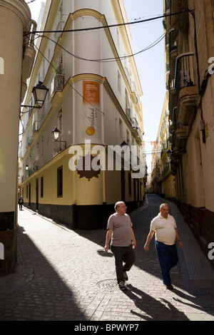 cadiz jewish single men The zirid taifa of granada was a jewish state in all but name  the average distance people usually ride in a single trip with public transit is 27 km,.