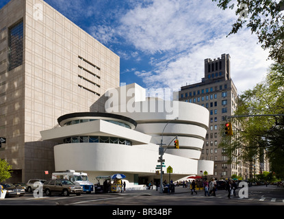 The Guggenheim Museum, New York City. Frank Lloyd Wright, Architect. - Stock Photo