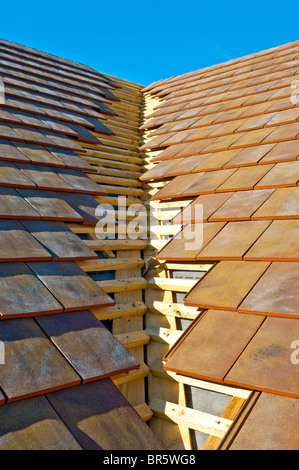 New Bungalow Pitched Valley Roof Construction Showing