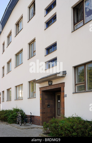weisse stadt white city berlin modernist housing estates unesco stock photo royalty free. Black Bedroom Furniture Sets. Home Design Ideas