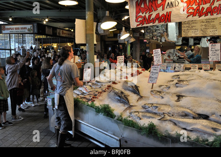 World famous pike place fish market stand located in the for Flying fish seattle