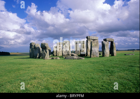 Stonehenge, Wiltshire England UK English prehistory prehistoric standing stone stones - Stock Photo