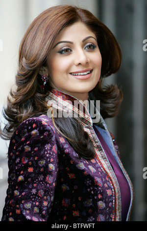 Shilpa Shetty Indian film actress star of Bollywood movies wears velvet sherwani for Commonwealth Day service Westminster - Stock Photo