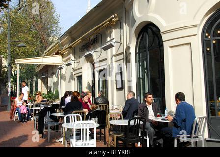 House Cafe Istanbul Nisantasi