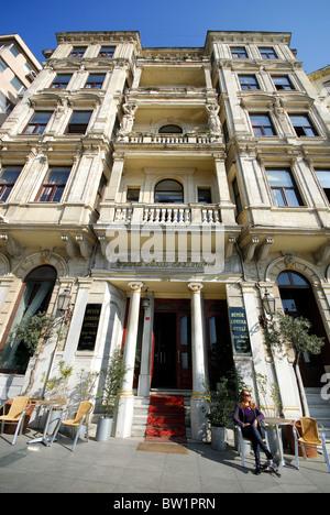 The Diplomat Hotel Londra