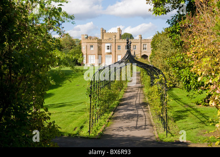 Nonsuch Mansion in Cheam, Surrey, England - Stockfoto