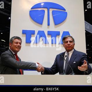 Ratan N. Tata, Paolo Pininfarina, Tata Prima, logo - Stock Photo