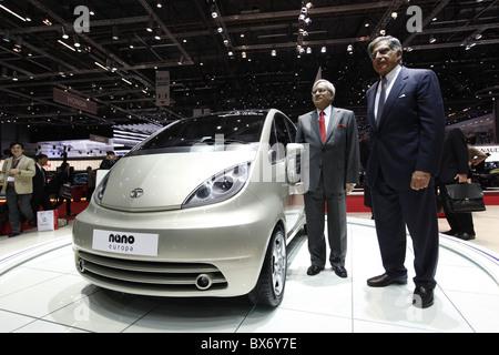 Ratan N. Tata, Ravi Kant, Tata Nano, car - Stock Photo