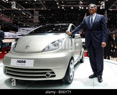 Ratan Naval Tata, Tata Nano, car - Stock Photo