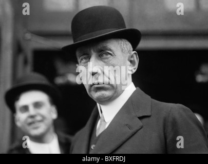 Norwegian polar explorer Roald Amundsen (1872 - 1928) - the first person to reach the geographic South Pole in December - Stock Photo