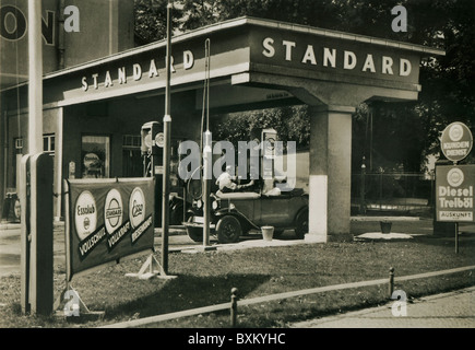 esso petrol station stock photo 41304908 alamy. Black Bedroom Furniture Sets. Home Design Ideas