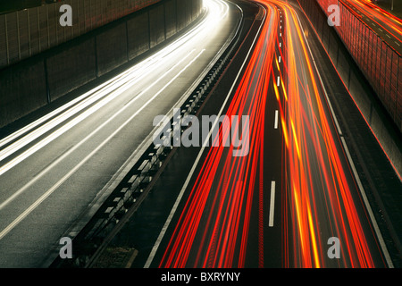 Rush-hour traffic on the A40 highway, Essen, Germany - Stockfoto