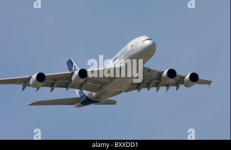 Airbus A380 Farnborough International Airshow 2010 - Stock Photo