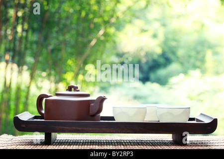 Classical asian tea set at outdoors - Stockfoto