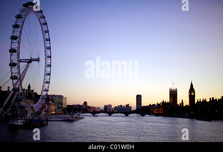 London eye, big ben and the houses of parliament at twilight - Stock Photo