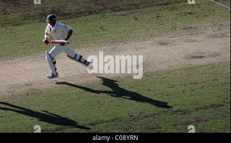 Australian batsman Matthew Hayden batting during the start of the second innings on a cracked pitch late in the - Stock Photo