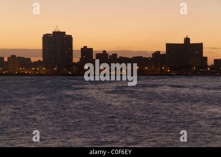Malecon Promenade at sunset, Hotel National, Havanna Vieja, Cuba - Stock Photo