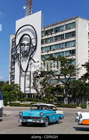 Placa de la Revolucion Jose Mart, Square, Oldtimer Taxi, Che Guevara,  Havanna, Cuba, Caribbean - Stock Photo