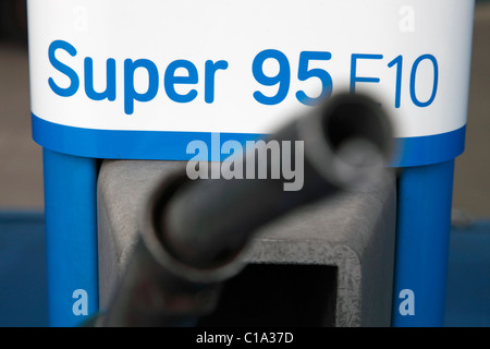 aral petrol station with petrol super 95 stock photo royalty free image 39536774 alamy. Black Bedroom Furniture Sets. Home Design Ideas