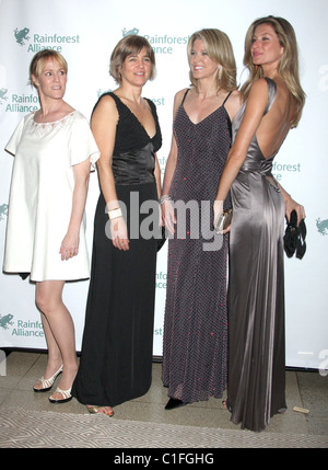 Mary Stuart Masterson, Rainforest Alliance executive director Tensle Whelan, Paula Zahn and Gisele Bundchen Rainforest - Stock Photo